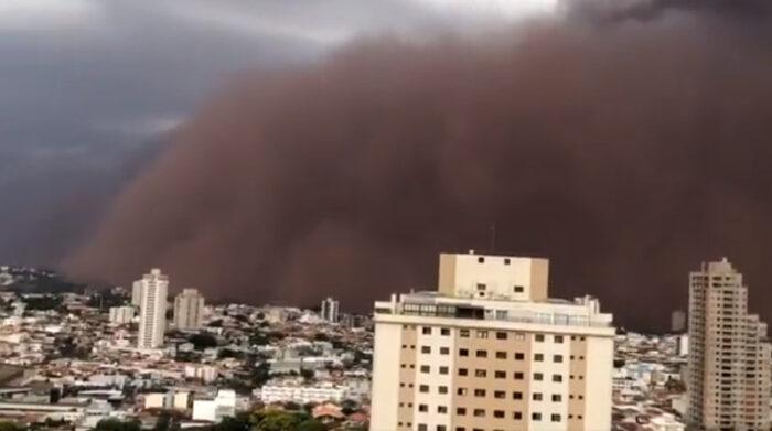 Nube de Polvo en Sao Paulo